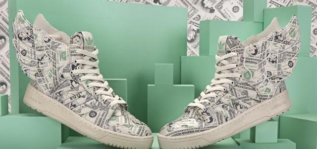 1381930689_wings_money1