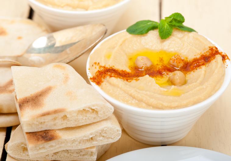 Siūloma švęsti tarptautinę Hummuso dieną