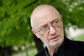 """ADOMAS JACOVSKIS: """"DAUGIAU DIRBU TEATRE, BET ESU TAPYTOJAS"""""""
