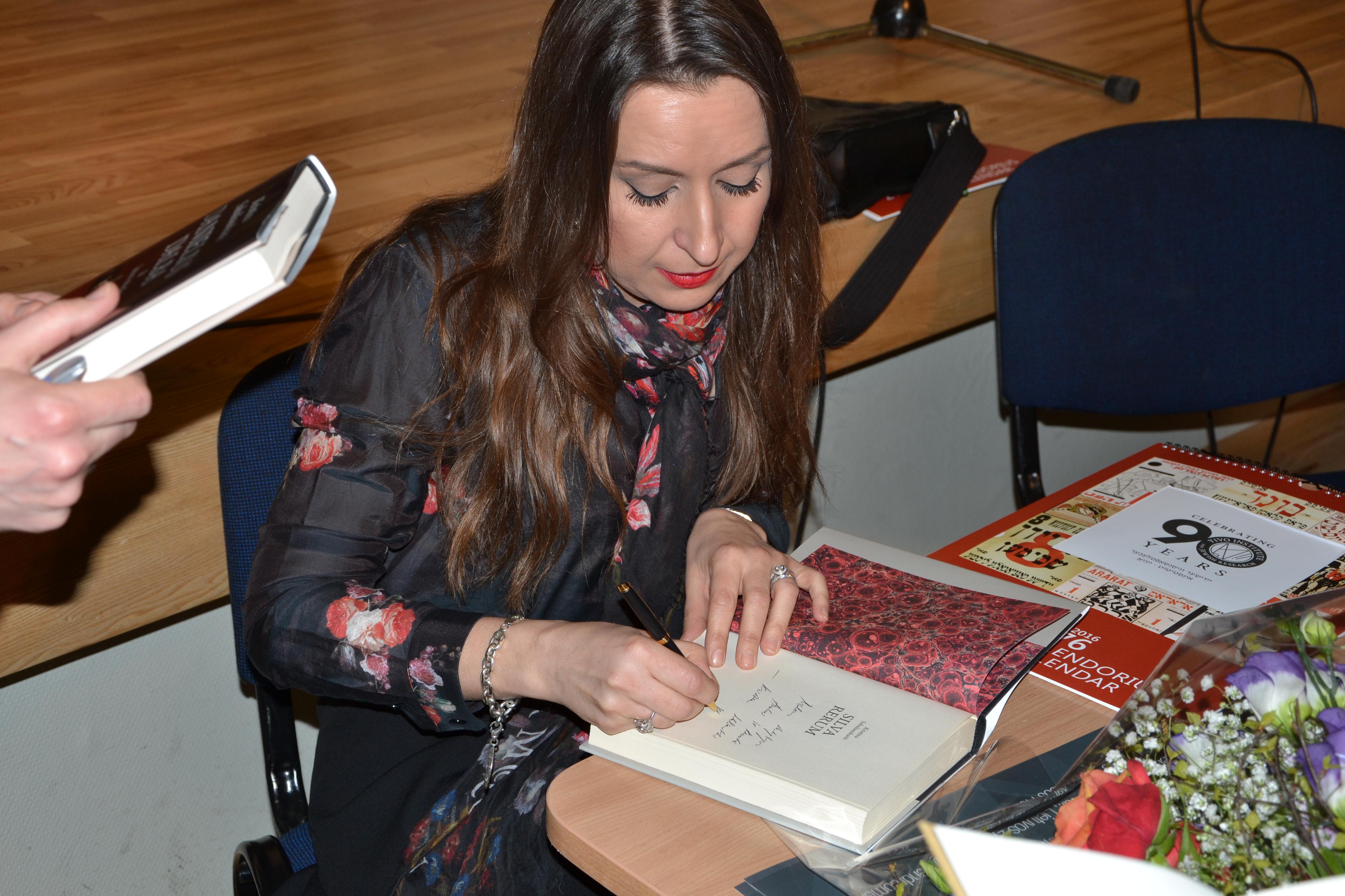 Apie žydiškus motyvus, istorinius faktus ir lietuvišką tapatybę K.Sabaliauskaitės kūryboje