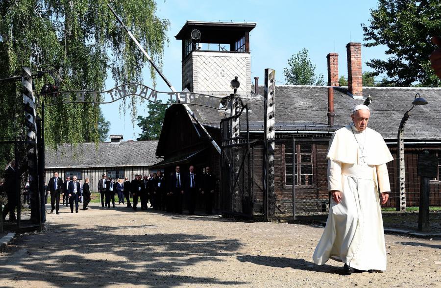 Popiežius prie Ausvico
