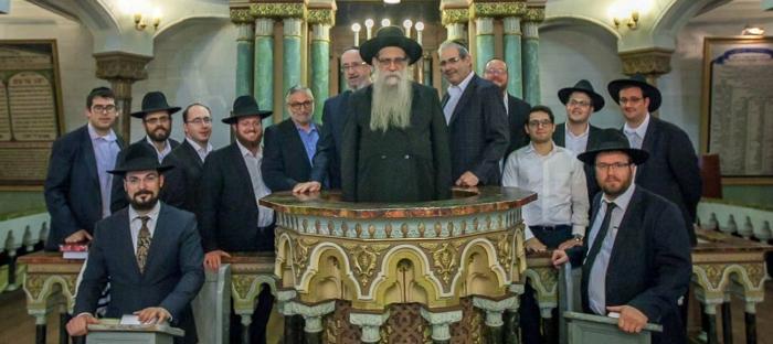 smaller synagogue group