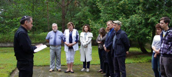 Kauno žydų bendruomenė lankėsi Balbieriškyje bei Prienuose.