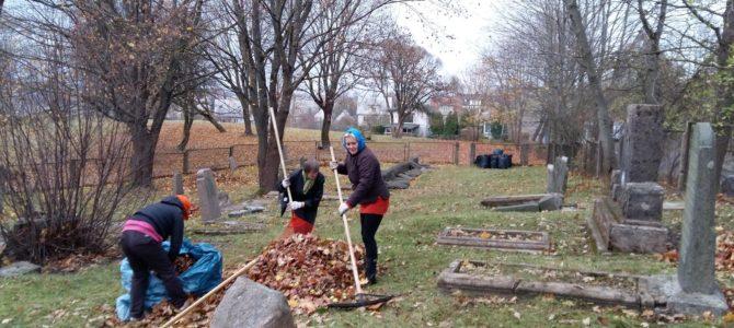 Telšių žydų kapines tvarkė negalią turintys žmonės