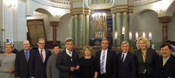 Chanukos šventė Vilniaus Choralinėje sinagogoje 2016