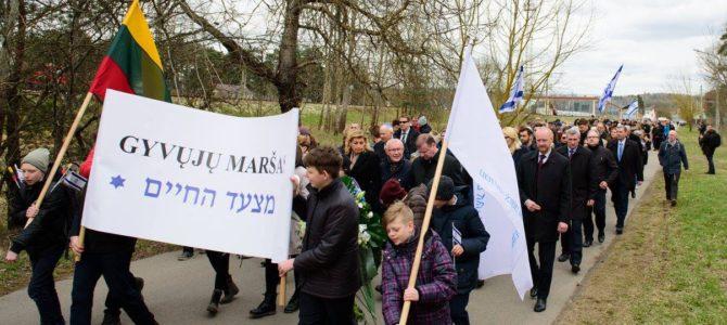 Gyvųjų maršo dalyviai: svarbu prisiminti ir kolaborantus, ir žydų gelbėtojus