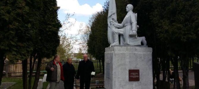 Pergalės prieš fašizmą dieną pagerbti Panevėžyje žuvusieji kovotojai