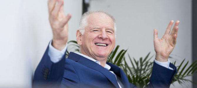 Išskirtinė charizmatiško lietuvio sėkmė: kineziterapeutas S.Tacas – paskutinė Niujorko garsenybių viltis