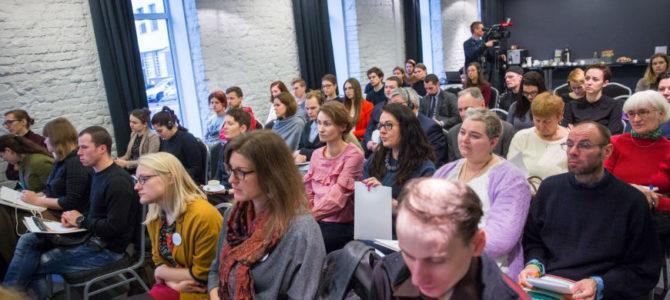 Lietuvoje neišspręsti žmogaus teisių klausimai: nuo lyties keitimo įstatymo iki ignoruojamų neapykantos nusikaltimų