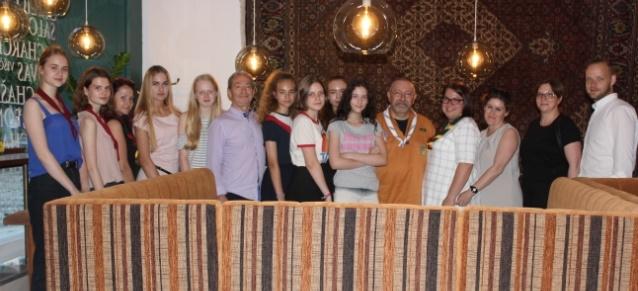 Pasaulio žydų skautų forumo vadovas Alain Silberstein Kaune susitiko su skautais ir Kauno žydų bendruomenės pirmininku bei jaunimu