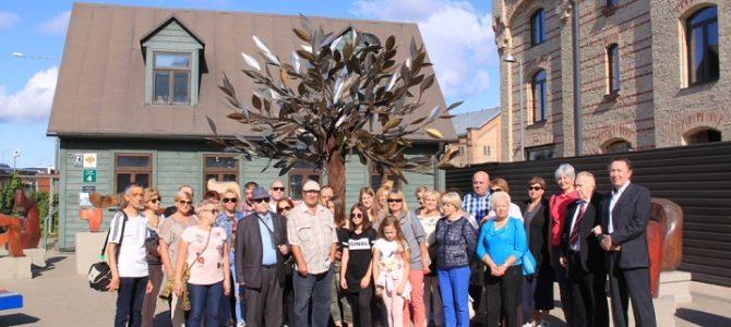 Panevėžio žydų bendruomenė aplankė Holokausto vietas Rygoje