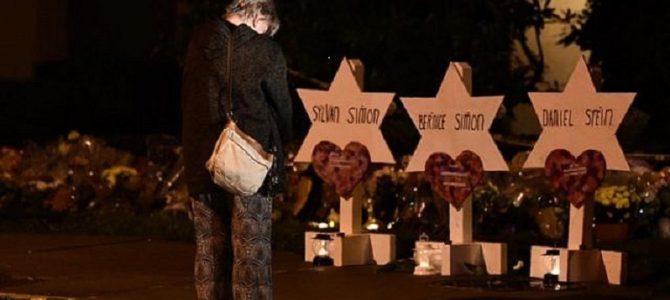 Atminimo ceremonija Pitsburgo žudynių aukų atminimui