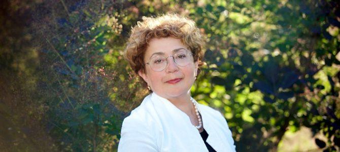 Председатель Еврейской общины (литваков) Литвы Фаина Куклянски поздравляет всех с Ханкукой