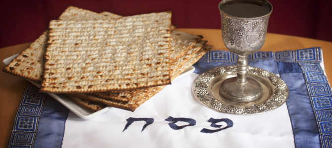 Artėja Pesacho šventė, Vilniaus žydus kviečiame atsiimti macus