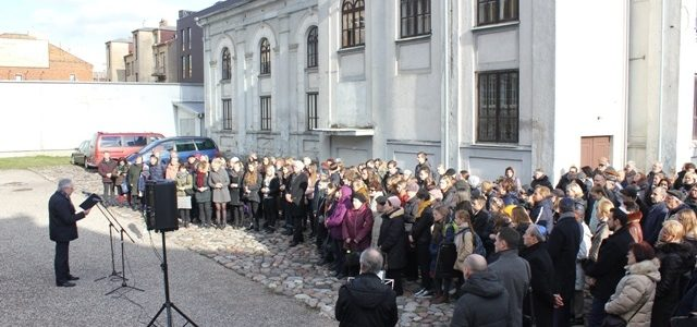 Victims of Children's Aktion Remembered in Kaunas