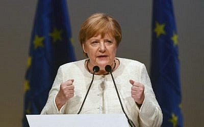 Merkel: German Synagogues, Jewish Schools Require Police Protection