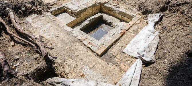 Besibaigiantys Vilniaus Didžiosios sinagogos komplekso archeologiniai tyrimai nustebino netikėtai atrastais unikaliais radiniais (papildyta)