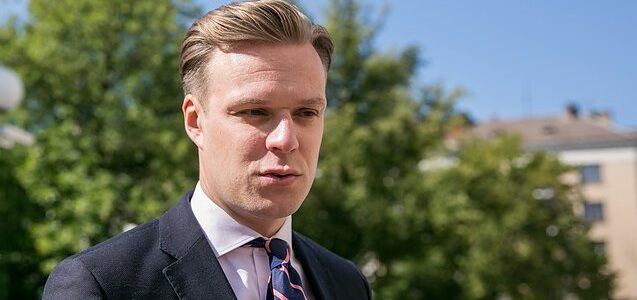 Landsbergis Jr. Complains to Mayor and President over Noreika Take-Down