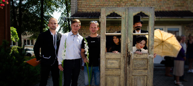 The Doors Open: An Installation to Remember Jewish Merkinė