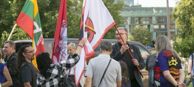 По моему мнению, митинг в защиту пособников нацистов продемонстрировал крах «ландсбергизма»