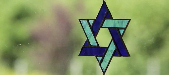 Izraelio ambasadorius apie svastiką šalia LŽB centro: tai bailus, apgailėtinas ir antisemitinis aktas