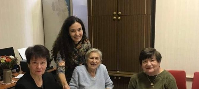Vilnius, Jerusalem of Lithuania Jewish Community Gives New Book to Holocaust Survivors