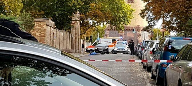 Vokietijos ministrė: ataka Halėje yra vienišiaus įvykdytas teroro aktas