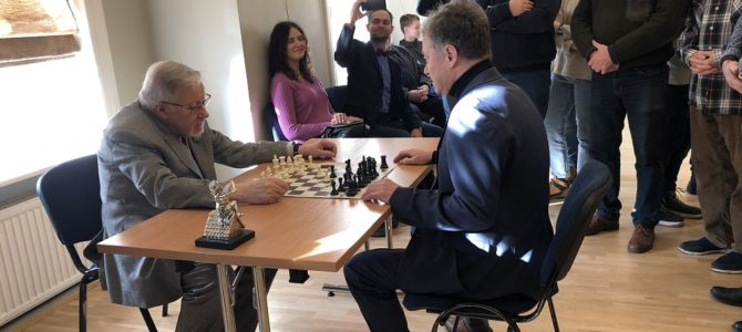Kovo 1 d.  Vilniuje, žydų (litvakų) bendruomenės namuose vyko atviras turnyras paminėti Lietuvos nepriklausomybės atkūrimo dienai