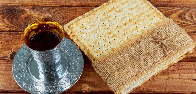 Маца для сеньоров Еврейской общины Литвы