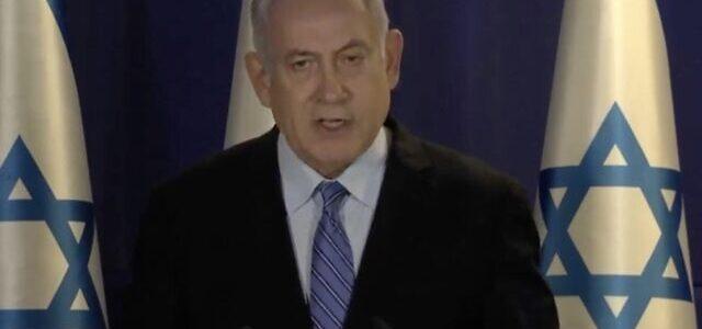 Izraelis uždraus daugiau nei 2 žmonių susibūrimus, įves dar papildomus darbo vietos apribojimus
