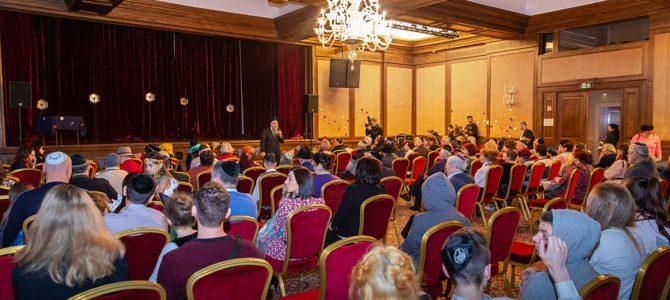 Vilniaus žydų religinė bendruomenė ir jos svečiai atšventė Purimą