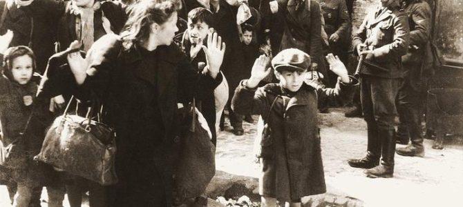 Viena garsiausių Holokausto fotografijų