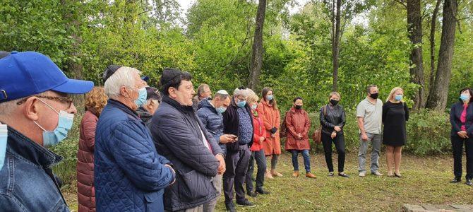 2020 m. rugsėjo 13 d. Žagarės žydų palikuoniai pakvietė kartu paminėti Žagarės žydų genocido aukų atminimą