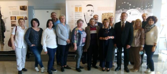 «Один век из семи. Литва. Лита. Литэ»: в Висагинасе открыта выставка, посвященная истории литваков