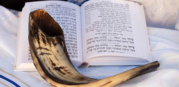 Звуки Шофара в Вильнюсской Хоральной синагоге