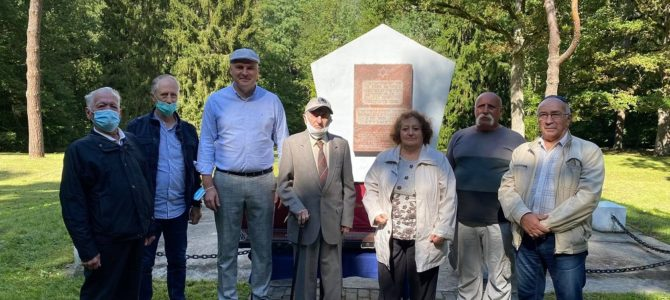 Twelve Thousand Holocaust Victims Commemorated Near Ukmergė