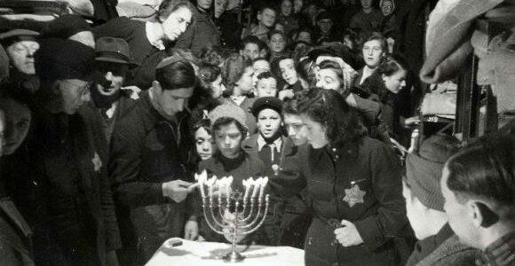 Įdomiausios žydiškų švenčių tradicijos: taip vaikai mokosi skaičiuoti pinigus