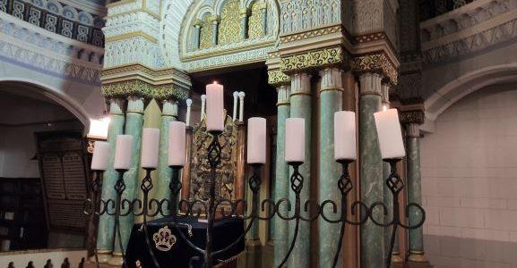 Vilniaus choralinėje sinagogoje uždegta pirmoji Chanukos žvakė