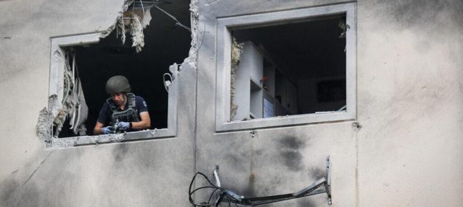 Izraelis pirmadienį smogė atsakomuosius smūgius prieš Hamas apšaudymą iš Gazos ruožo