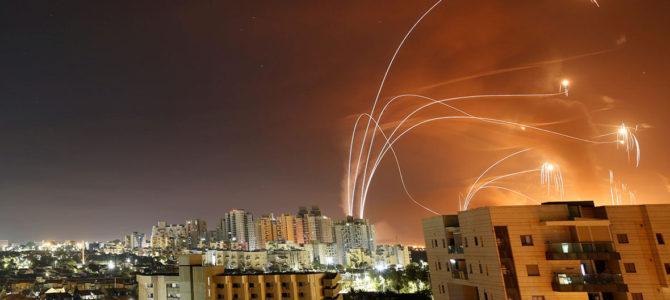 Как в огне и под градом ракет Израиль готовится встречать свой главный праздник