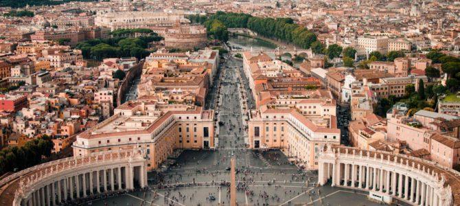 Понтифик ограничивает использование латинской мессы, которая вызывает недовольство у евреев