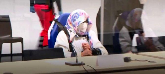 96-летняя бывшая секретарша коменданта нацистского концлагеря, бежавшая от суда, наконец предстала перед судом